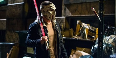 Stephen-Amell-Casey-Jones-TMNT-2