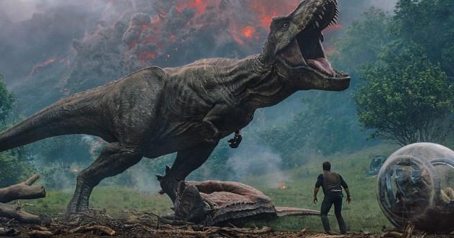 JurassicWorldFallenKingdomCritique (2).jpg
